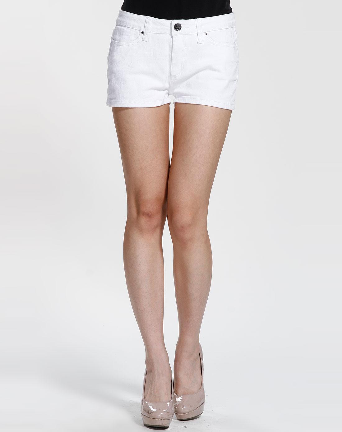 威丝曼白色时尚短裤