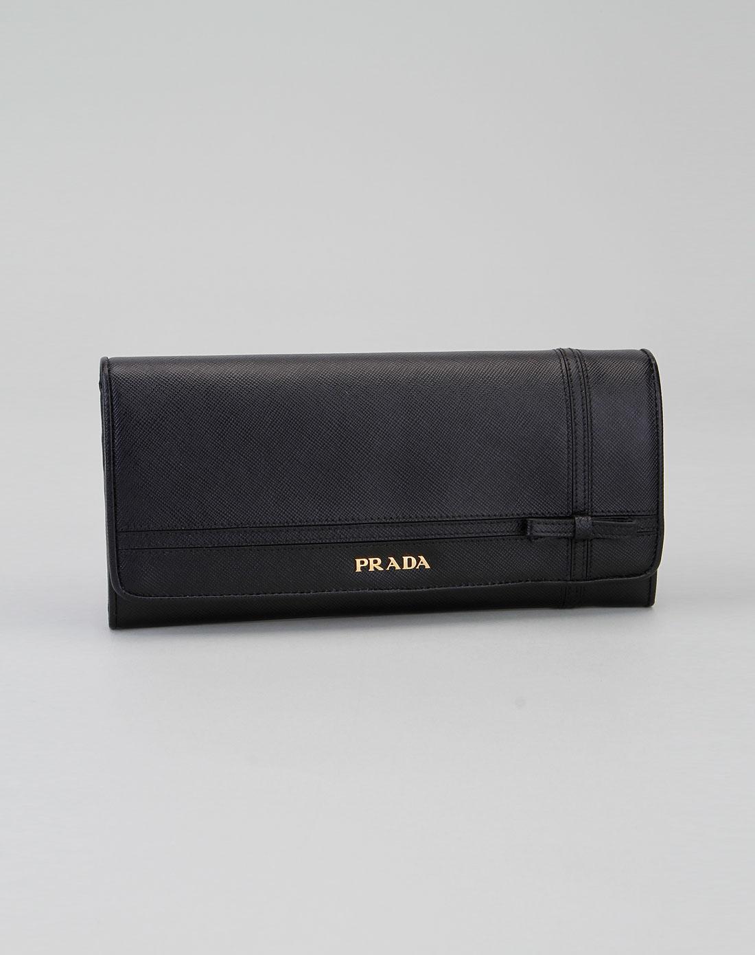 普拉达女钱包图片