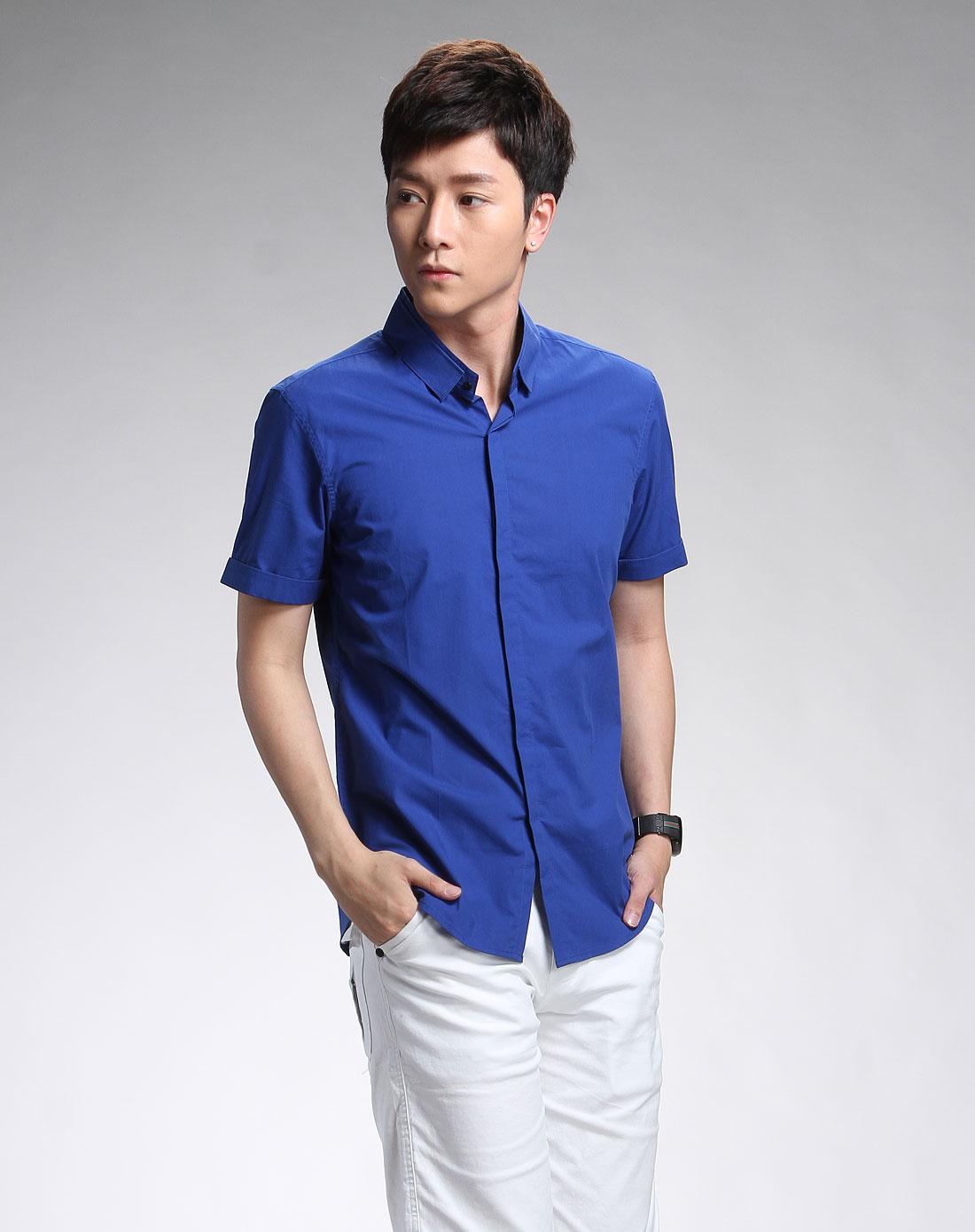 男款深蓝色短袖衬衫