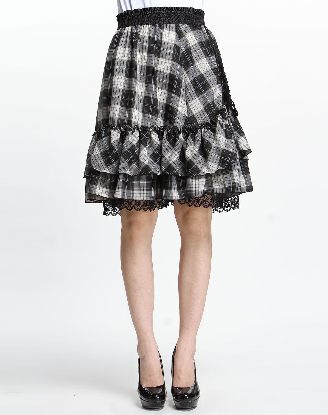 黑色格纹半截裙
