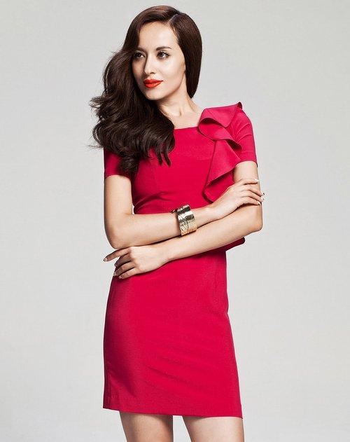 玫红色时尚优雅短袖连衣裙