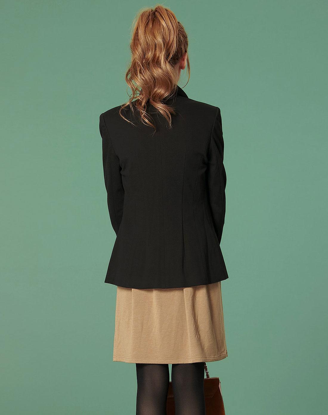 女款黑色外套