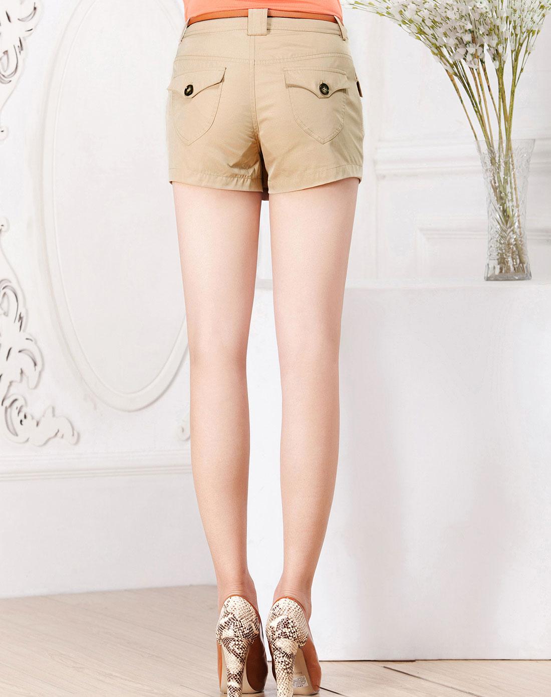 衣香丽影米色时尚短裤121600331