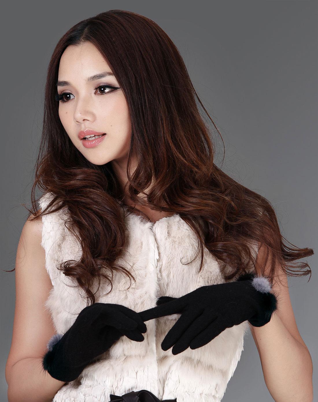 女黑礹/&�yi)��-z)�bi_黑色貂毛球女款羊毛手套