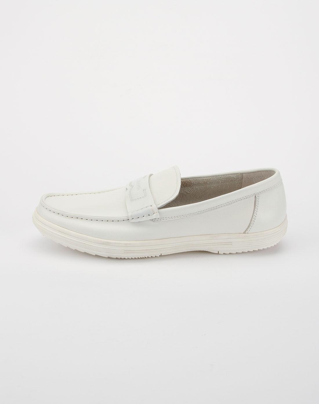 男款白色时尚休闲皮鞋bl