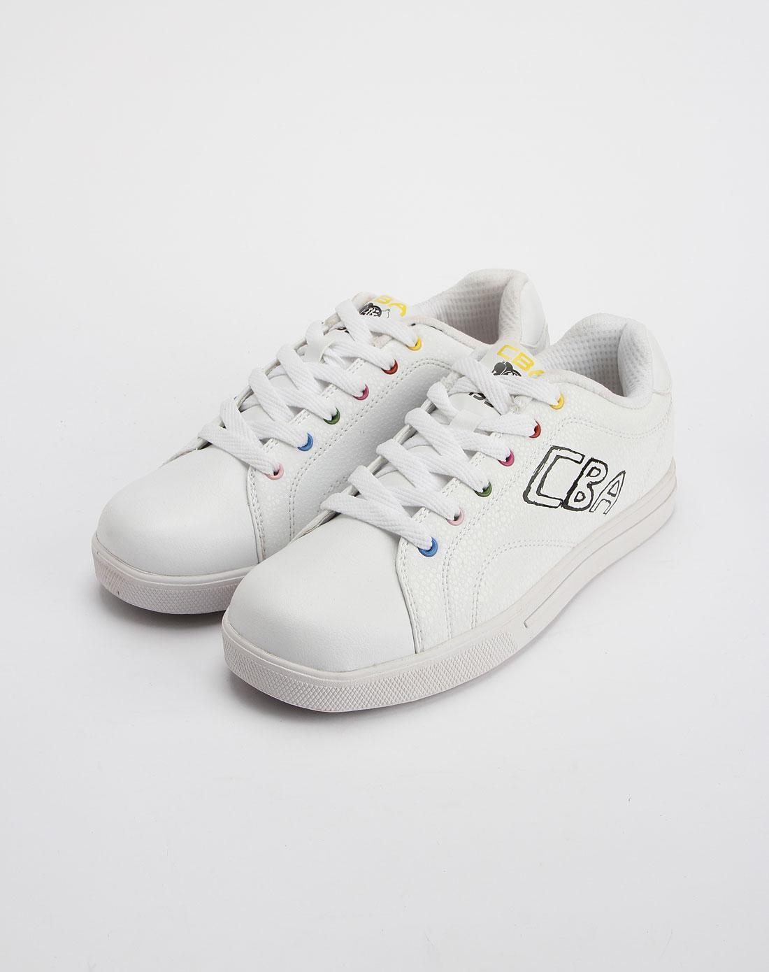 cba女款白/黑色时尚运动板鞋2021314-002