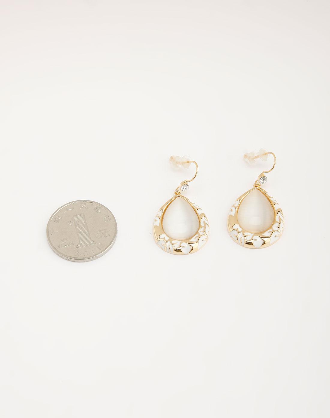 金色水滴形状高贵耳环