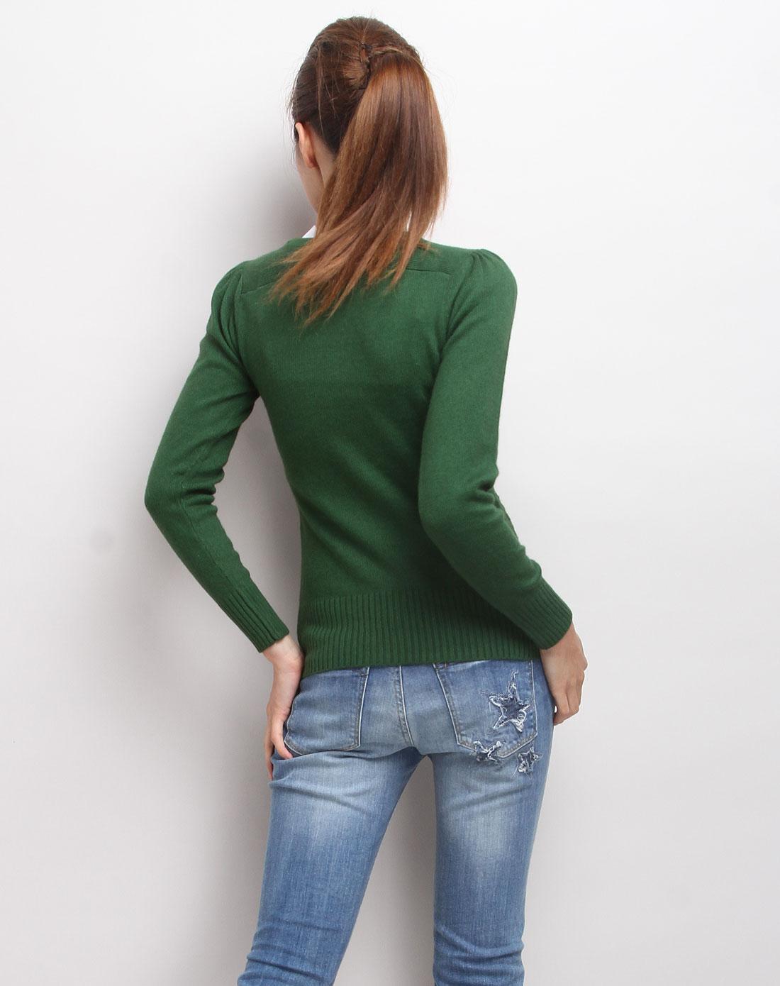 深绿色圆领长袖套头针织衫