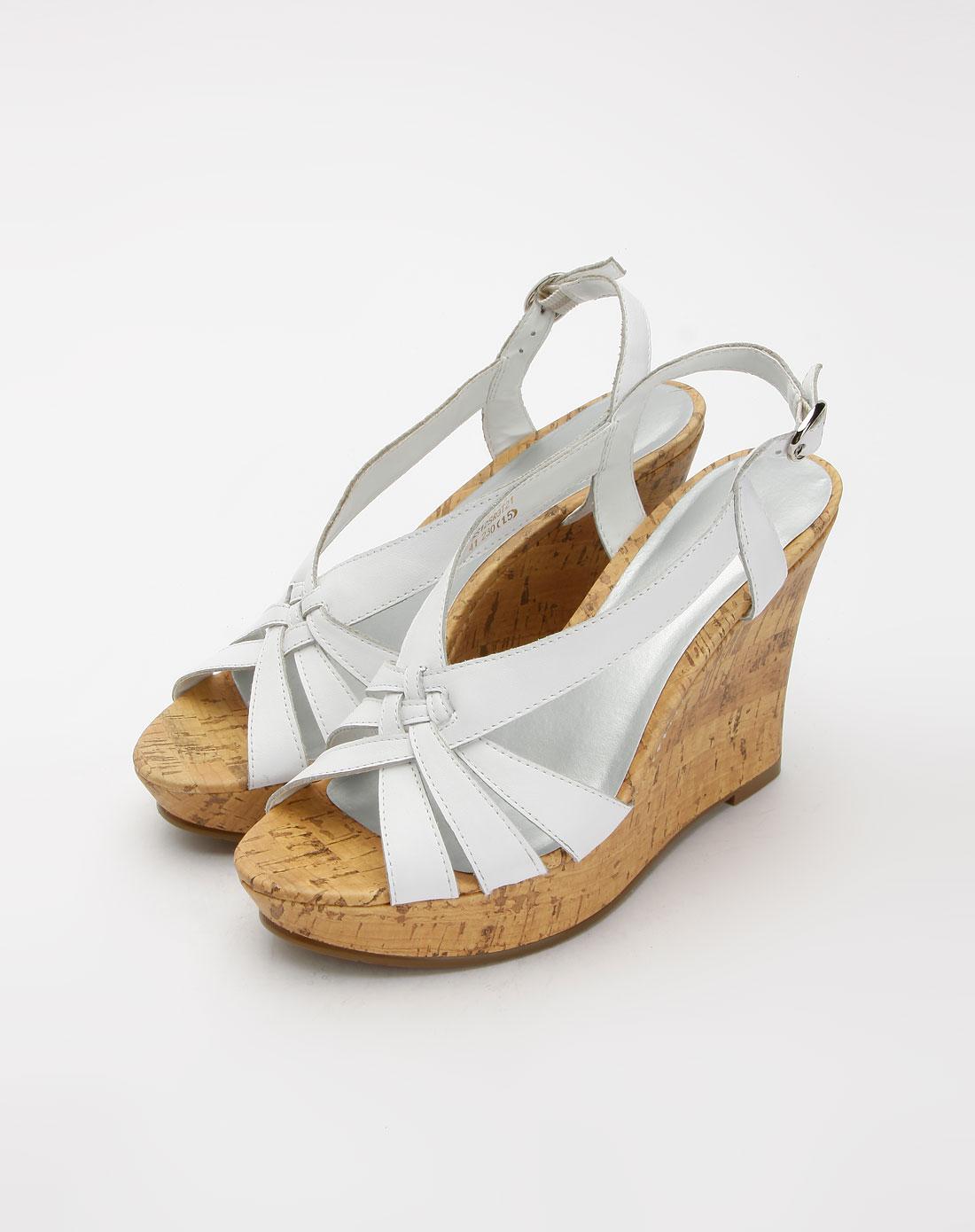 女款白色牛皮凉鞋