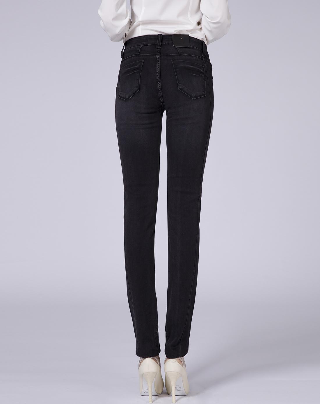 女款黑色牛仔裤简约修身小脚裤
