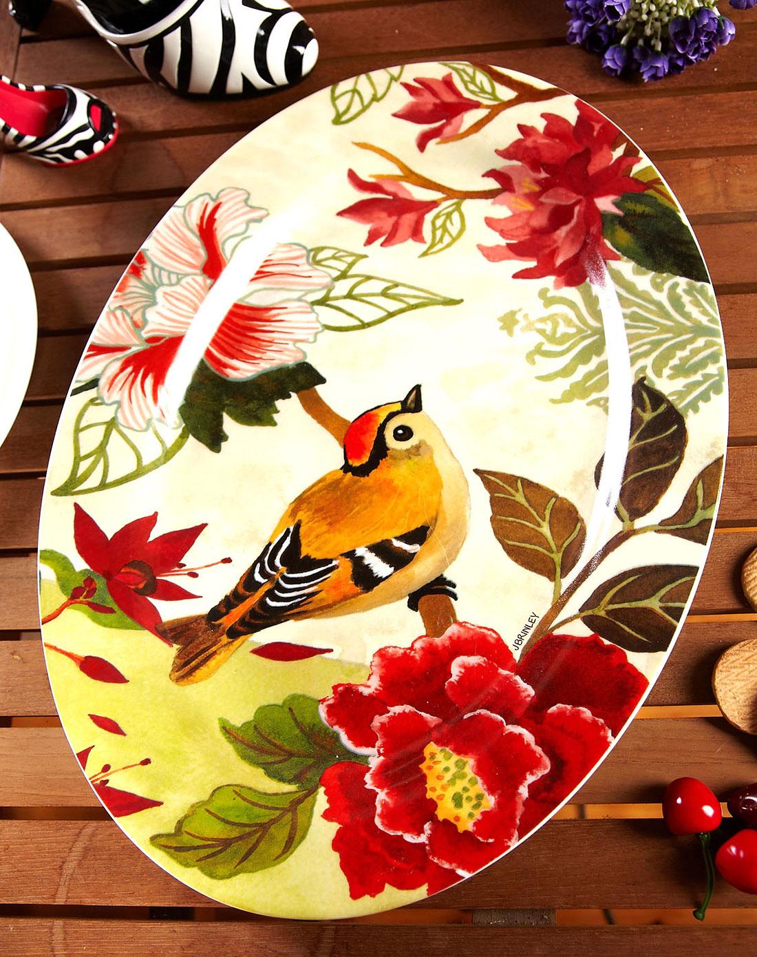 手绘浮雕陶瓷餐盘/居家装饰盘